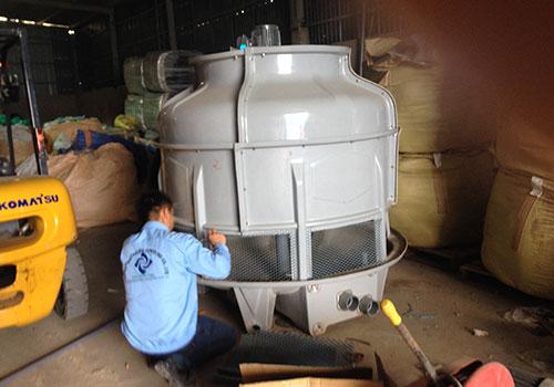 Tháp giải nhiệt đóng vai trò quan trọng trong việc xử lý nước